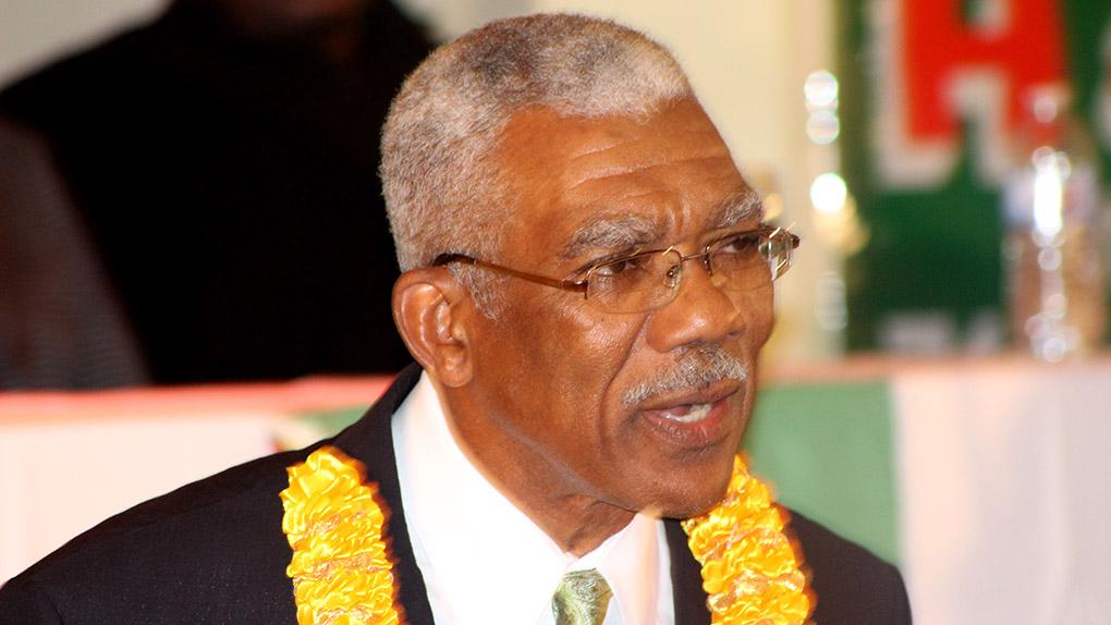 David Granger, presidente de Guyana, da tranquilidad a Exxon