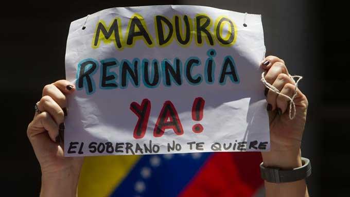 Maduro renuncia ya