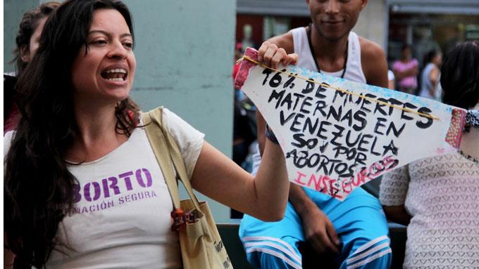 Resultado de imagen para mujeres venezolanas defienden el aborto legal