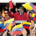 Nicolás Maduro presenta bases comiciales de su Constituyente