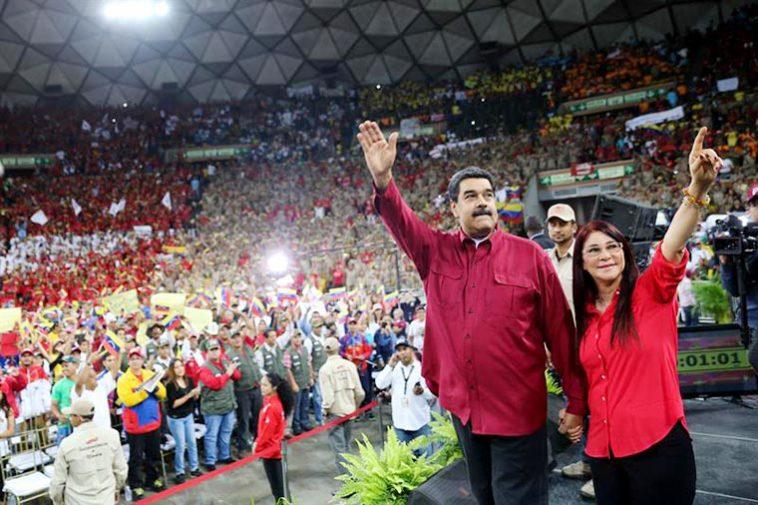 Nicolás Maduro y Cilia Flores en el Poliedro de Caracas