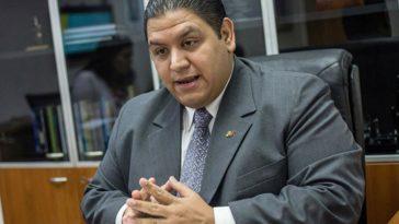 Rector Luis Emilio Rondón: Esta Constituyente es un golpe